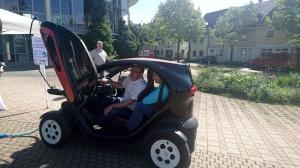 Die Probefahrten mit unseren Vorführ-Elektroautos kamen gut an.